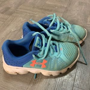 Girls UA Shoes